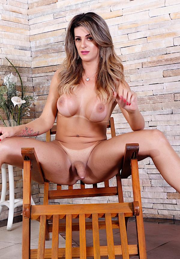 Tranny slut Janaina Carvalho gets naked for you